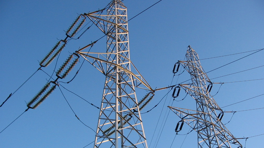 FAA Grants Xcel Energy Permission for BVLOS Electrical Transmission Line Inspections