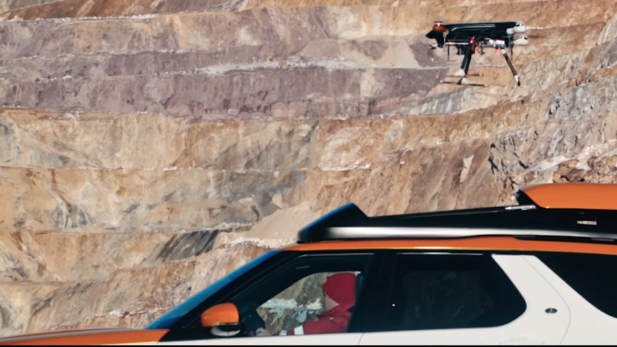 Land Rover Integrates Drone System with SUV